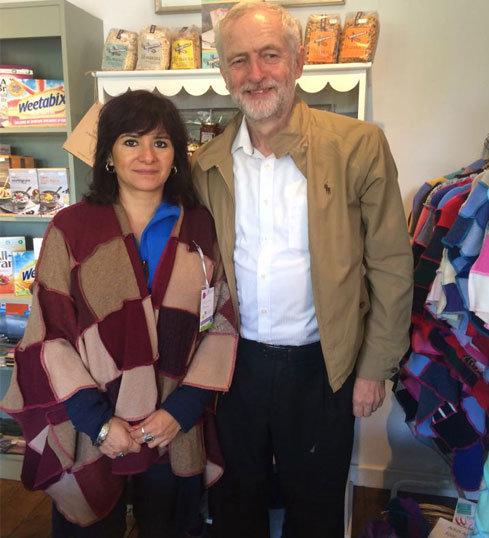 Jeremy Corbyn buys his wife, Laura, a woolly wrap from The Woolly Pedlar.